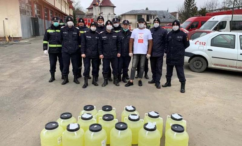 Vă uitați la suceveni ca la niște ciumați? O fundație umanitară din Suceava a cumpărat 2 tone de dezinfectați pe care le donează la Botoșani și Suceava