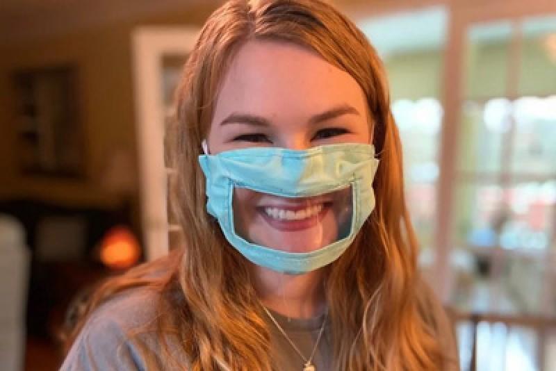 Vaccinarea masivă ne-ar putea scăpa de mască