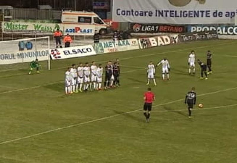 Valeriu Iftime anunță că există riscul să demită antrenorul chiar in timpul meciului!