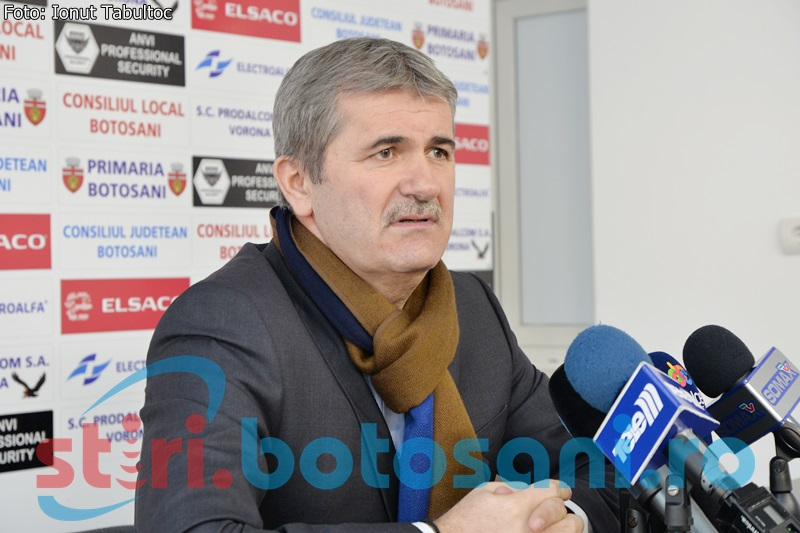 """Valeriu Iftime, după """"U"""" Cluj - Botoşani 0-0: """"Două echipe de divizia C şi un arbitru de judeţ"""""""