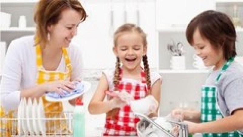 Vârsta de pensionare s-ar putea reduce considerabil pentru mame