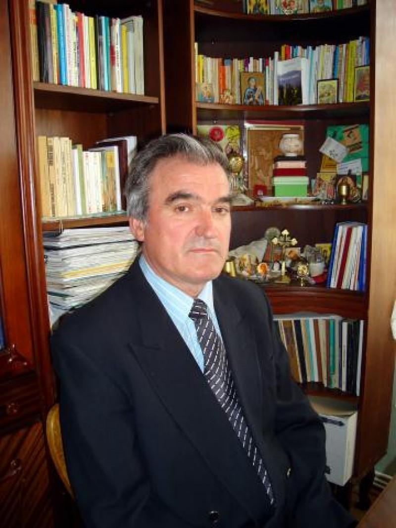 VASILE LARCO, scriitorul care face haz de necaz