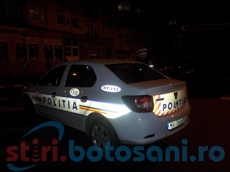 Veneau la nunta la Botosani, insa au ajuns la spital! Doi tineri din Bucuresti s-au rasturnat cu masina la Flamanzi!