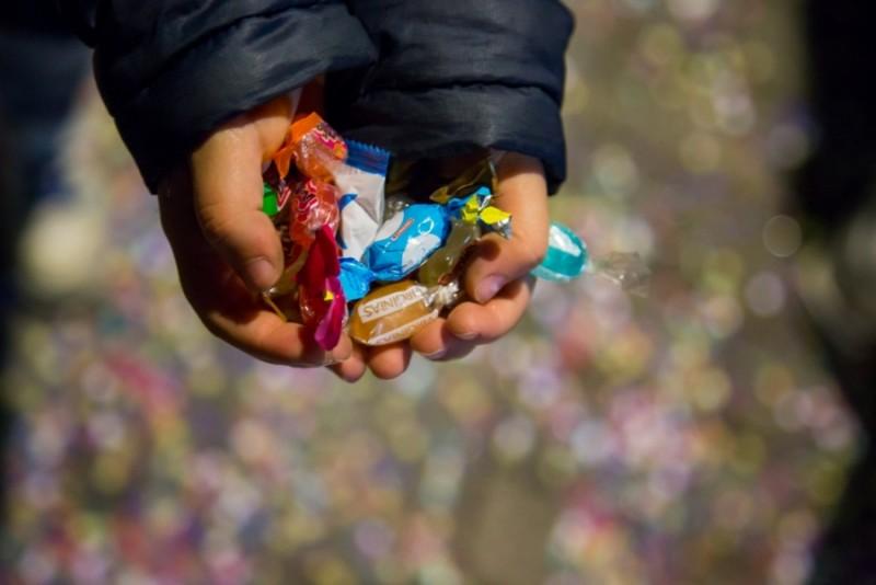 VERSURI DIN STRADĂ: Crăciunul săracului. De Ștefania Vasile