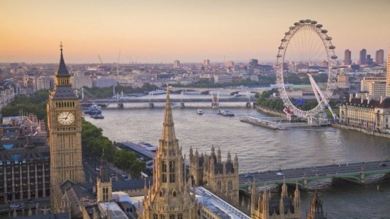 Veste proastă pentru românii din Marea Britanie. NU mai putem merge cu buletinul în UK?