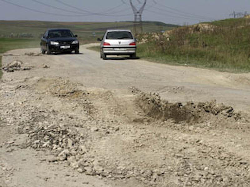 VESTI BUNE: Drumurile au intrat in atentia autoritatilor botosanene!