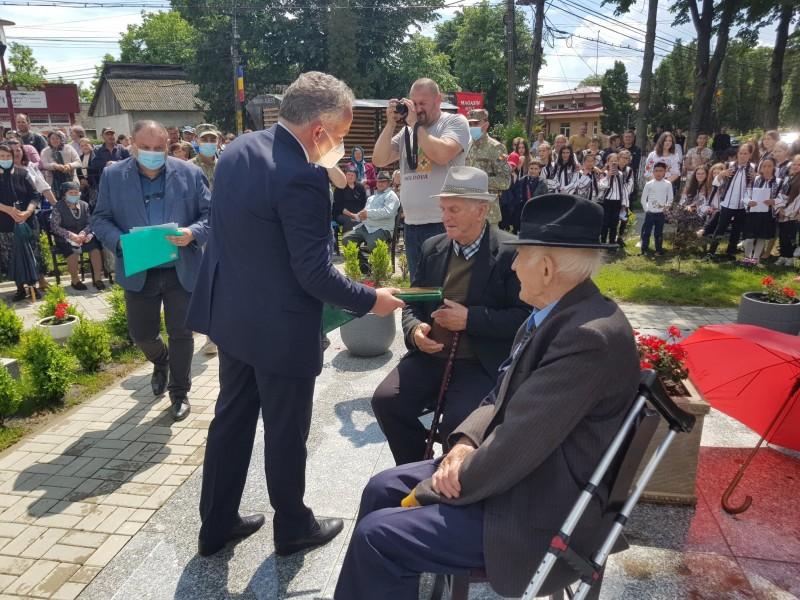 Veterani nonagenari și peste 100 de eroi onorați la Albești (Foto)