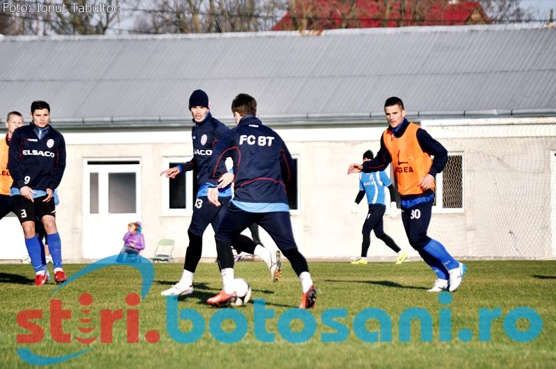 Vezi o GALERIE FOTO de la antrenamentul de joi al celor de la FC Botosani!