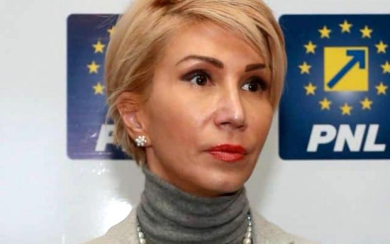 Vicepremierul Raluca Turcan, botoșăneanca din Guvernul României: Vom creiona o schemă de ajutor de stat pentru artiști