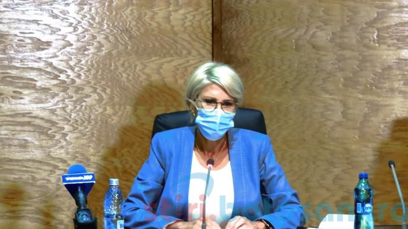 """Vicepremierul Raluca Turcan, impresionată de nivelul de trai din Botoșani: """"Vă dați seama câtă nepăsare a marcat acest județ în decursul timpului?"""""""