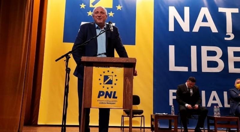 """Victorie la 10 voturi: Costel Șoptică, reales președintele PNL. """"Meritam acest lucru"""" (video)"""