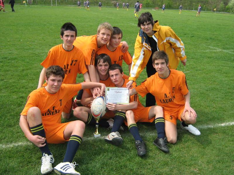"""Victorie pentru echipa de rugby a Colegiului National """"A.T.Laurian"""" - FOTO"""