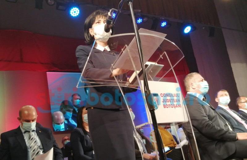 VIDEO: A fost constituit noul Consiliu Județean. Federovici, învestită ca președinte. Discurs solemn al liderei și o surpriză din public