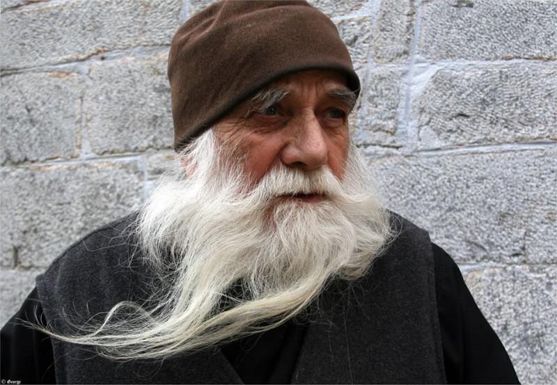 VIDEO Avva Iulian, duhovnicul românilor din Sfântul Munte Athos, născut în Vorona