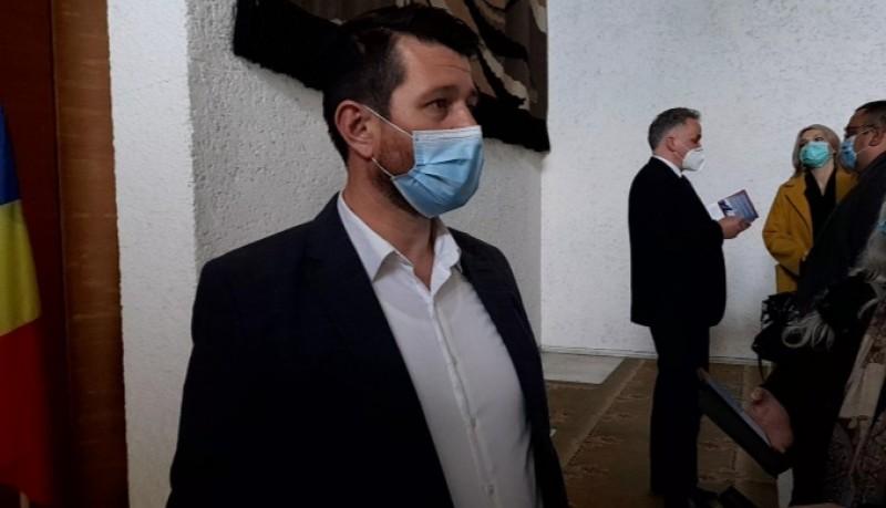 """VIDEO: Campania """"Vaccinare și testare pentru învățare!"""", lansată la Botoșani în prezența secretarului de stat Kallós Zoltán"""