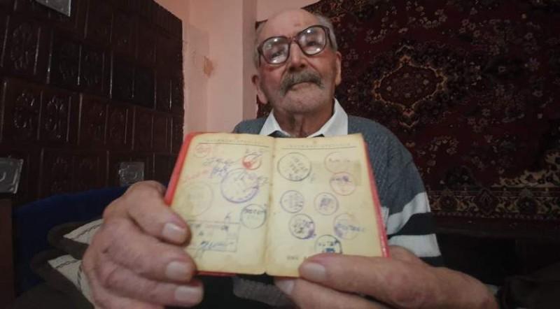 """VIDEO: Cel mai experimentat votant din Botoșani: Moș Panaite, de 104 ani, crede că """"Putem a aduce România înapoi"""""""