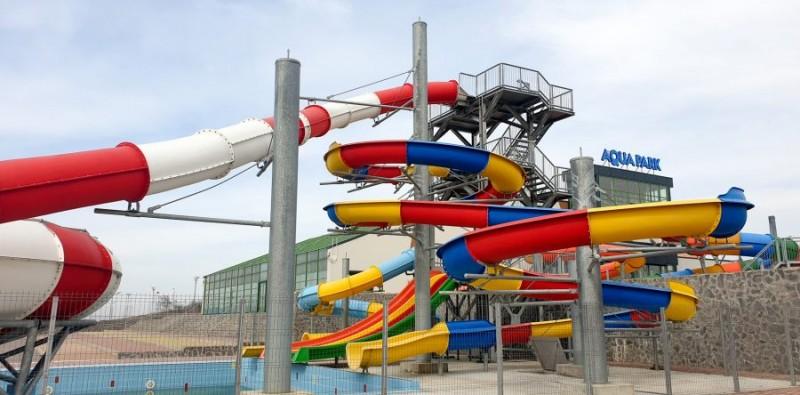 VIDEO - Cel mai mare parc acvatic din nord-estul țării se deschide astăzi, la Botoșani!