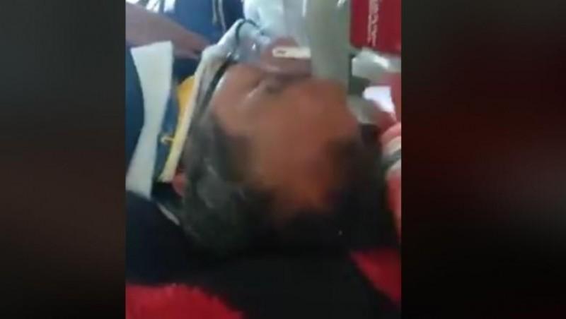 VIDEO - Pacient inconștient lovit cu un baton de parizer în ambulanța SMURD!