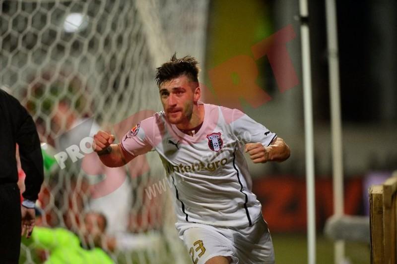 VIDEO: Paul Papp a debutat cu gol la Astra. Poverlovici, rezerva la Corona