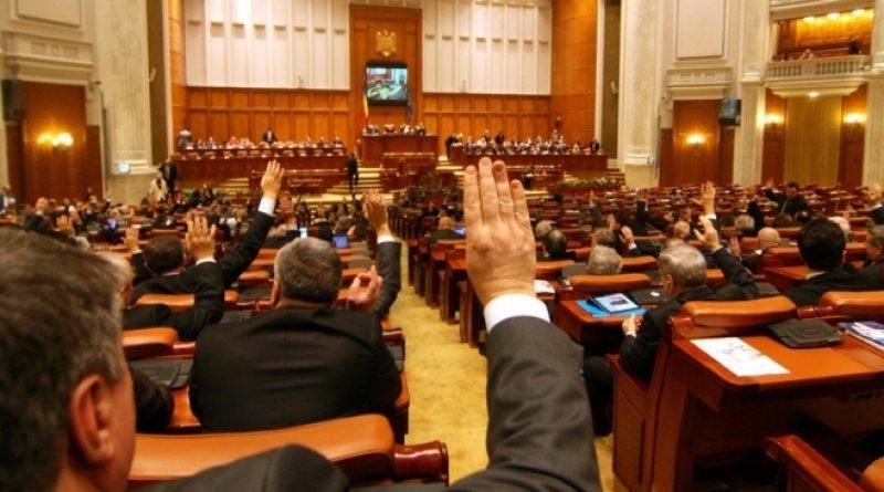 VIDEO. ReUnirea românilor este inevitabilă. Declarațiile de Unire, în Parlamentul României
