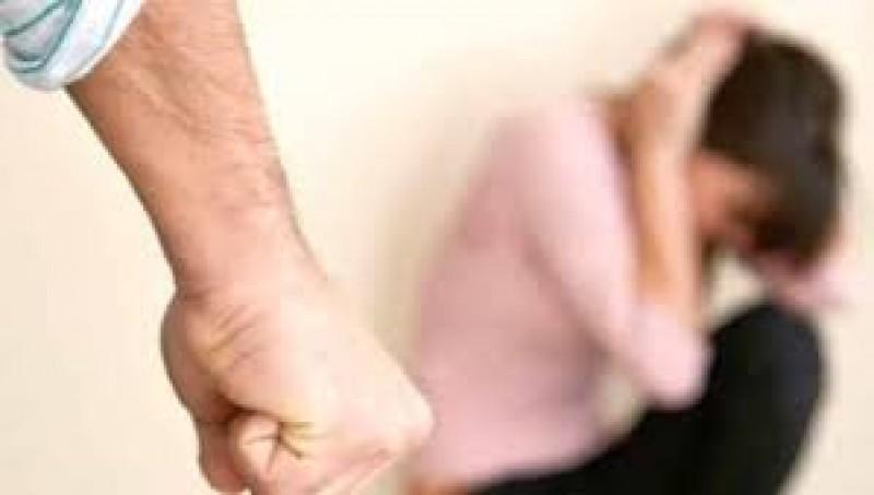 Violența în cuplu – cauze și soluții