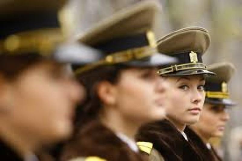 Visezi la o carieră militară? Centrul Militar Botoşani demarează activitatea de recrutare a tinerilor!