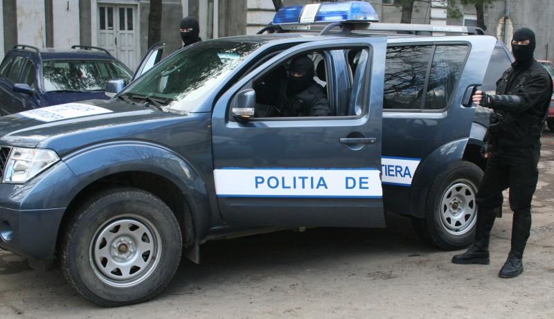 """Volkswagen """"expirat"""" depistat în trafic de poliţiştii de frontieră"""