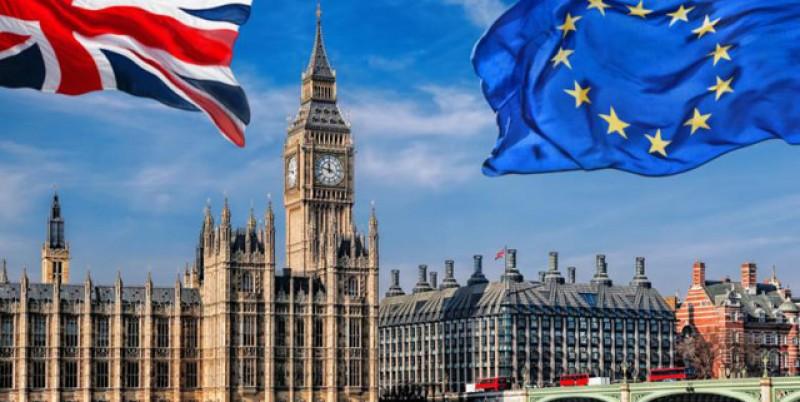 Vom intra cu vize în Marea Britanie. Boris Johnson: Vize ca în SUA