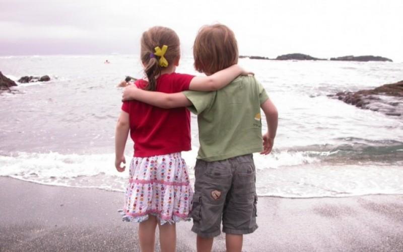 VORBA BUNĂ: Când doi oameni se întâlnesc...