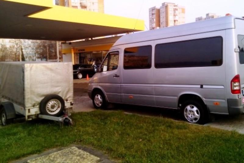 Vremuri grele pentru șoferii români care transportă pachete pe ruta România-Italia: riscă amenzi uriașe și confiscarea mașinii!