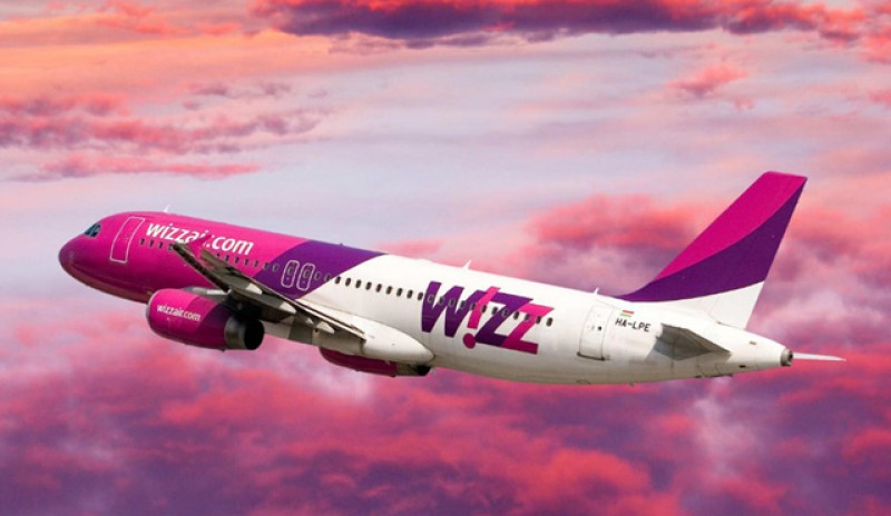 Wizz Air se pregătește să reia zborurile dinspre Marea Britanie către România