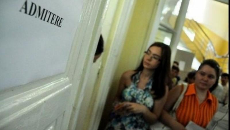 Zeci de elevi din Botoșani au fost admişi în licee din Suceava!