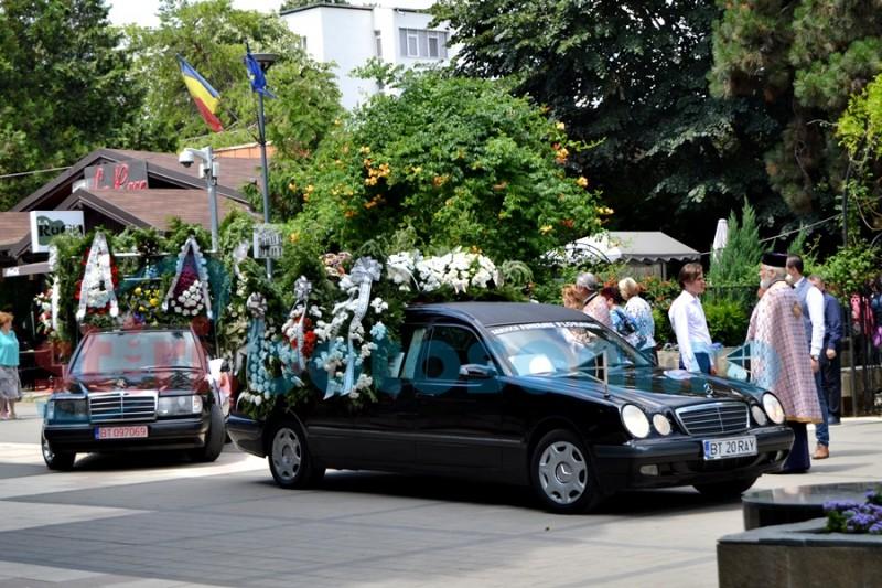 Zeci de oameni de afaceri şi politicieni la înmormântarea lui Dorin Romeo Floareş FOTO