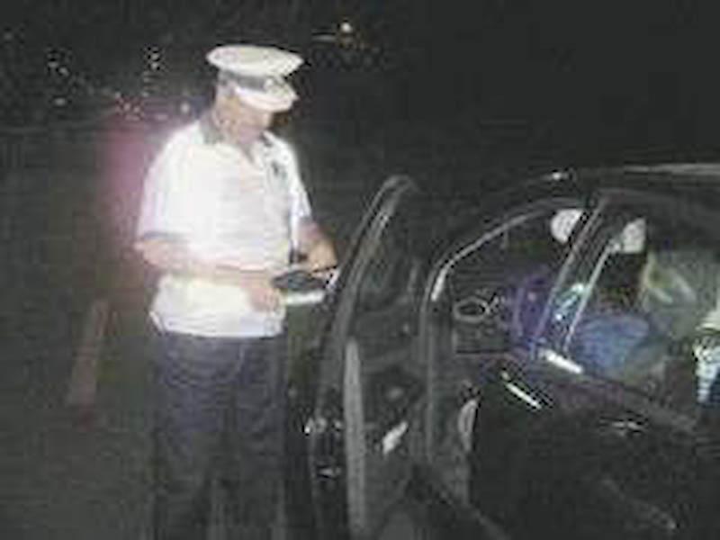 Zeci de politisti il cauta pe soferul care a produs cumplitul accident mortal din Braiesti