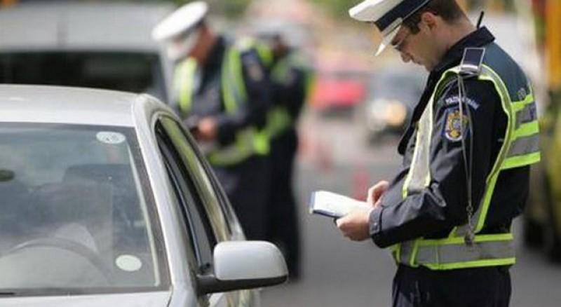 Zeci de sancțiuni aplicate de polițiști în acest week-end!