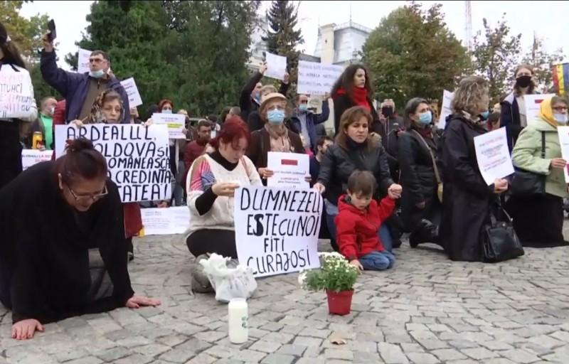 Zeci de sesizări depuse la Parchet pentru zădărnicirea combaterii bolilor la hramul Sfintei Parascheva