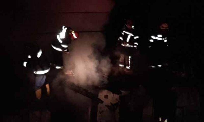 Zile de foc pentru pompierii de la Botoșani. Încă patru incendii în ultimele 12 ore