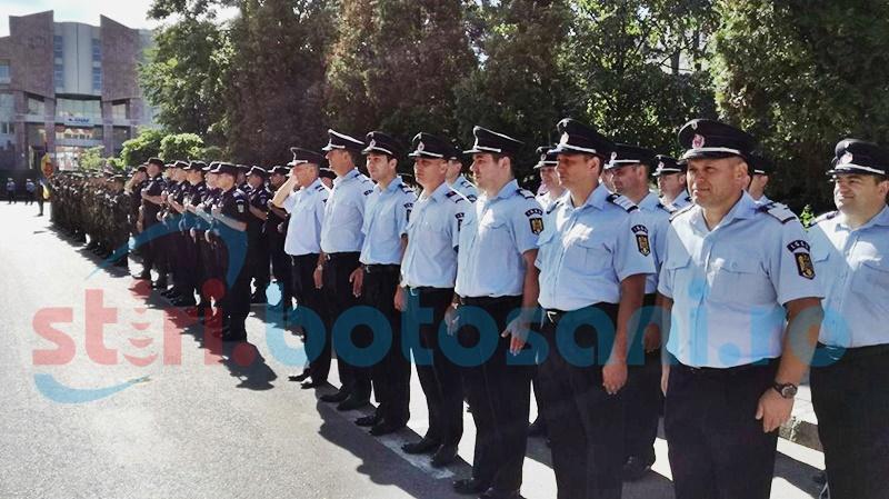 Ziua Imnului, la Botoșani: Ceremonial religios, alocuțiuni și defilarea Detașamentului de onoare - FOTO, VIDEO