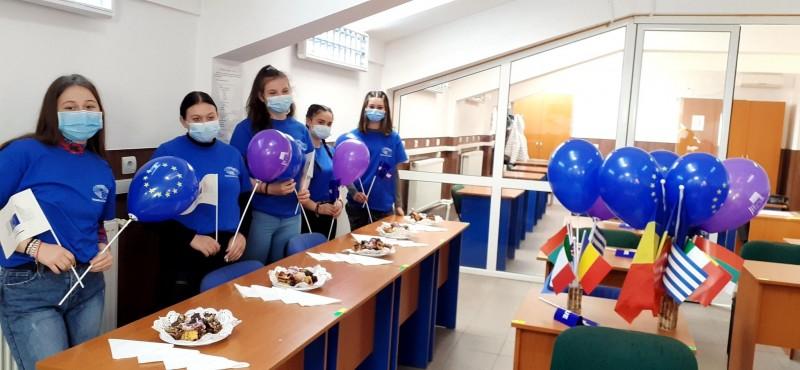 Ziua Mondială a Drepturilor Consumatorilor, marcată de ambasadorii EPAS ai Liceului cu Program Sportiv Botoșani