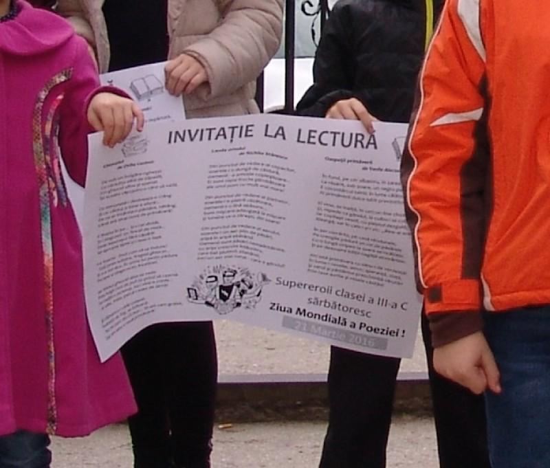 Ziua Poeziei la Şcoala 11 Botoşani! FOTO