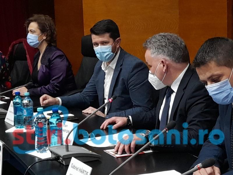 """Zoltan Kallos, secretar de stat în Ministerul Educației, mesaj către profesorii din Botoșani: """"Am convingerea că ne-am înhămat la aceeași căruță"""""""