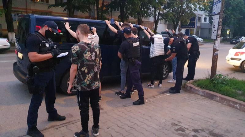 (Foto-Video) Zonele aglomerate din municipiu, în atenția polițiștilor și jandarmilor botoșăneni