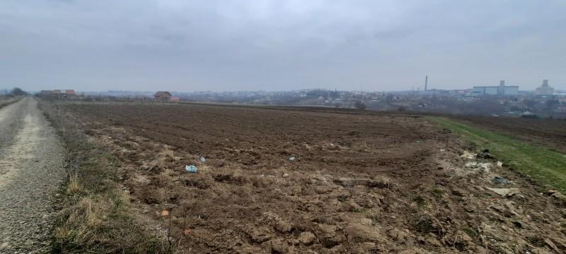 Loturi de teren zona Dobosari