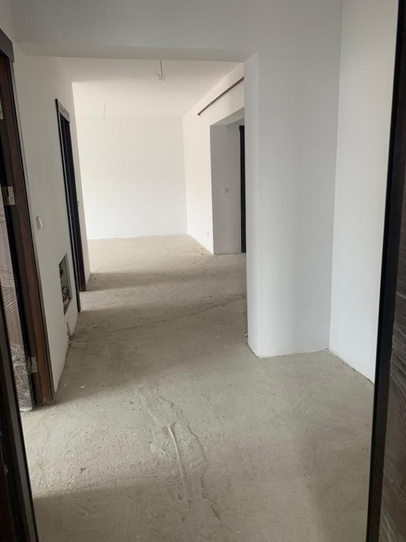 Apartament 3 camere bloc nou 108mp utili