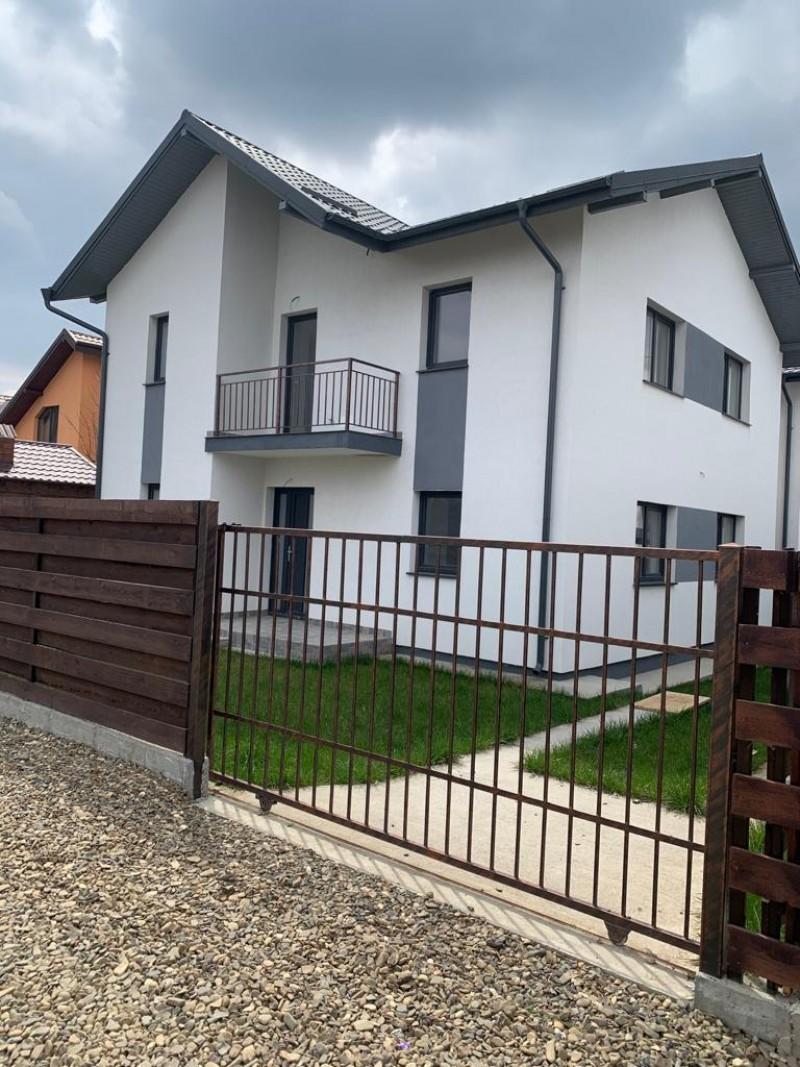 Casa noua cu etaj la Hudum-Baisa