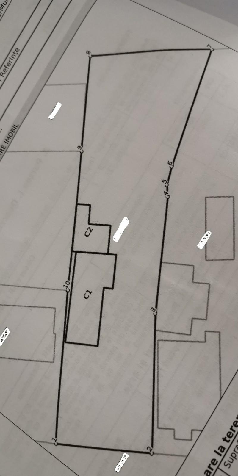 Teren zona Kilometrul 0 cu casa batraneasca